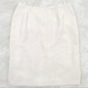 Classiques Entier 10 Ivory Pencil Skirt At Knee